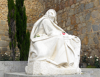 https://cursosdeveranouned.files.wordpress.com/2014/06/santa-teresa-a-los-pies-de-la-muralla.jpg